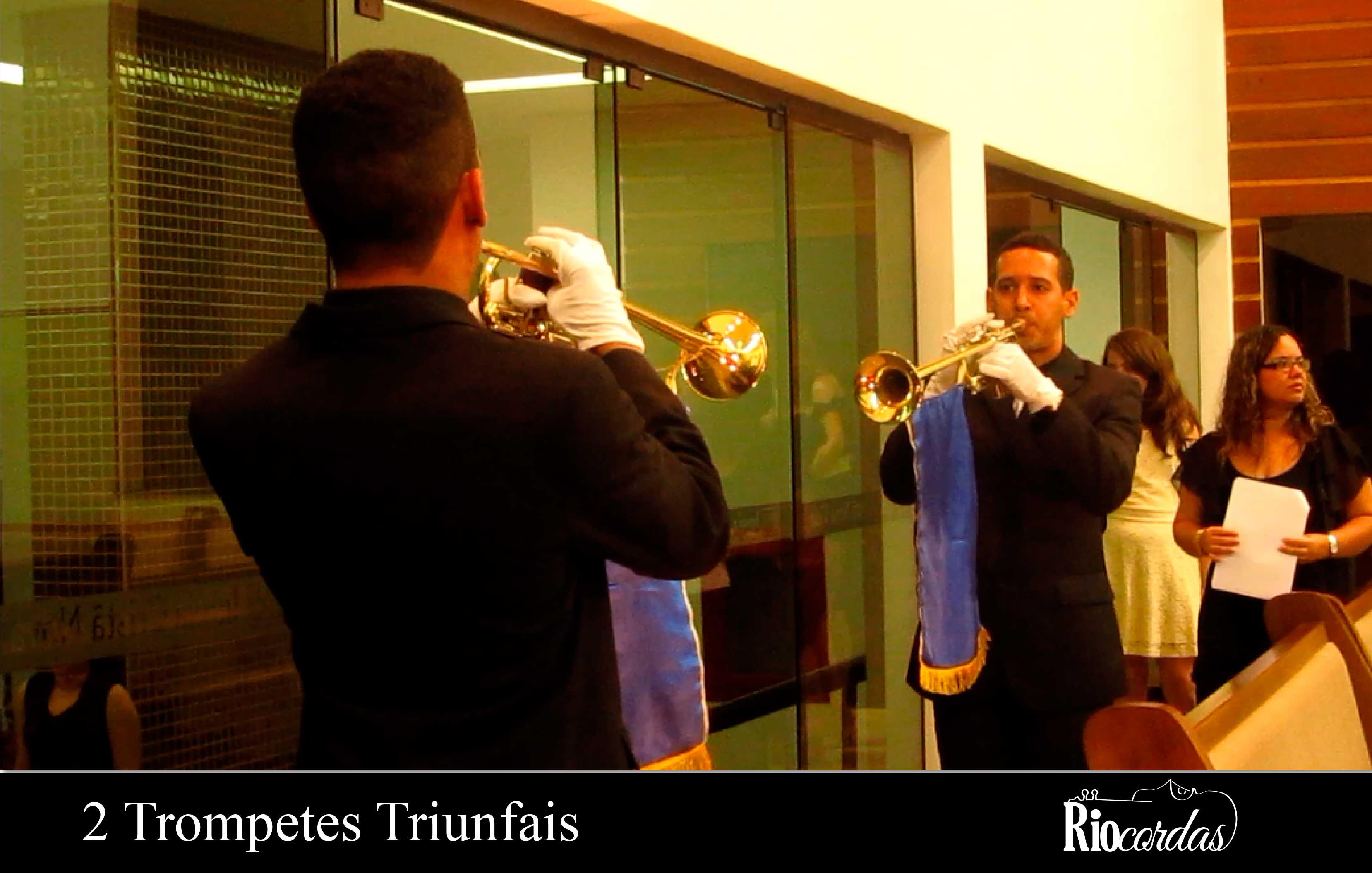 2-trompetes-triunfais-updraft-pre-smush-original